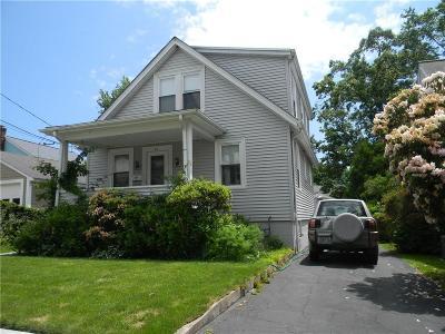 East Providence Single Family Home For Sale: 85 Mountain Av