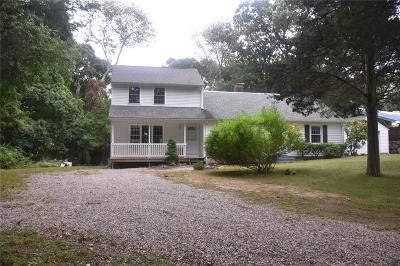 North Kingstown Single Family Home For Sale: 570 Boston Neck Rd