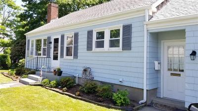 Middletown Single Family Home Act Und Contract: 47 Dudley North Av