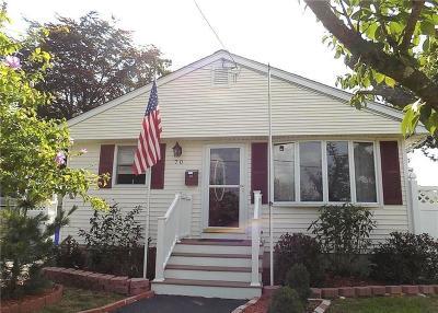 East Providence RI Single Family Home For Sale: $249,900