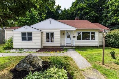 Cranston RI Single Family Home For Sale: $240,000