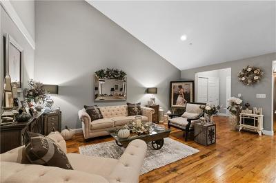 North Smithfield RI Condo/Townhouse For Sale: $287,500