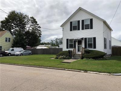 Providence County Single Family Home For Sale: 109 Lincoln Av