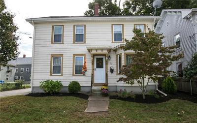 Lincoln Single Family Home For Sale: 52 Union St