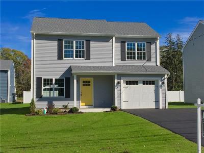 Warwick Single Family Home For Sale: 304 Warwick Neck Av