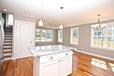 Portsmouth Single Family Home For Sale: 16 Canton Av
