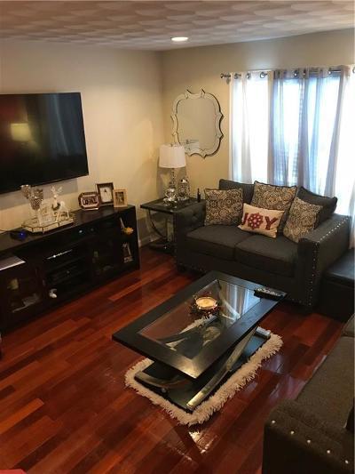 Providence RI Condo/Townhouse For Sale: $139,995