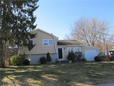Westerly Single Family Home For Sale: 10 Doreen Dr