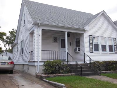 Edgewood Single Family Home For Sale: 96 Villa Av