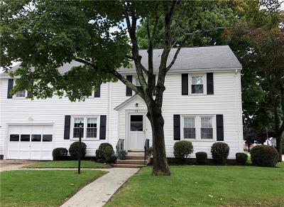 East Providence Single Family Home For Sale: 30 Harvard St