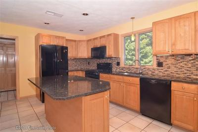 North Kingstown Single Family Home For Sale: 272 Laurel Ridge Lane