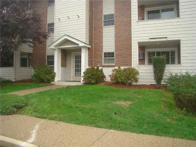 Bristol County Condo/Townhouse Act Und Contract: 671 Metacom Av, Unit#29 #29