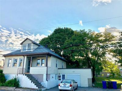 Cranston Multi Family Home For Sale: 176 Southern St