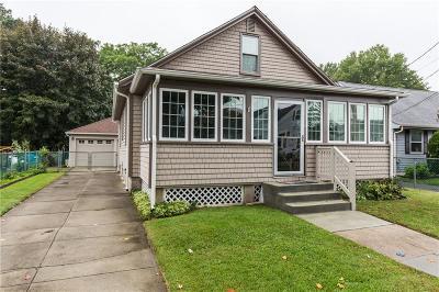 Cranston Single Family Home For Sale: 58 Delway Rd
