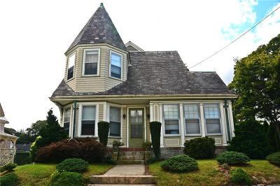 Washington County Single Family Home For Sale: 5 Narragansett Av
