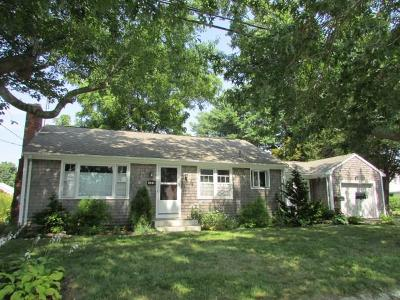 Bristol Single Family Home For Sale: 123 Fales Rd