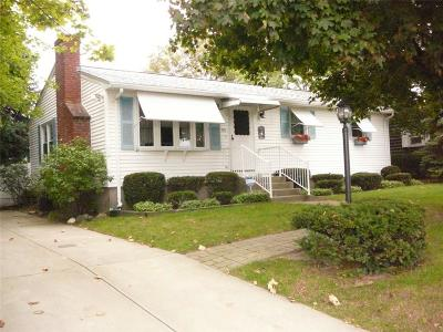 East Providence Single Family Home For Sale: 170 Robinson St