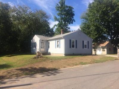 Johnston Single Family Home For Sale: 15 Progress Av