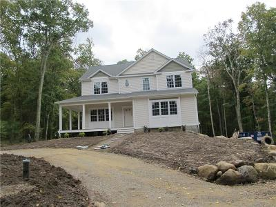 Glocester Single Family Home For Sale: 18 Pray Hill Rd