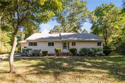 South Kingstown Single Family Home For Sale: 45 Cherry Rd