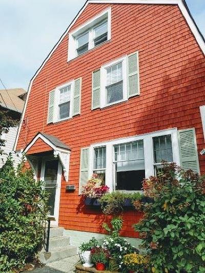 Providence Single Family Home For Sale: 105 Arlington Av
