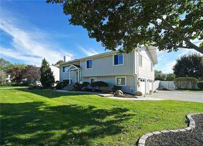 Portsmouth Single Family Home Act Und Contract: 5 Hathaway Dr