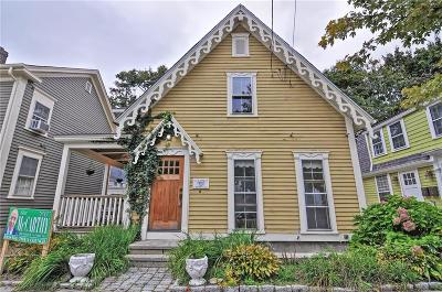 Bristol Single Family Home For Sale: 281 Hope St
