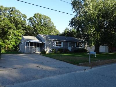 Tiverton Single Family Home Act Und Contract: 82 Campion Av