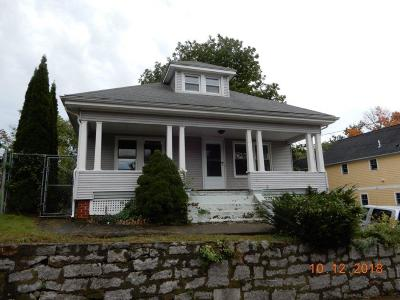 Westerly Single Family Home For Sale: 64 Pierce St