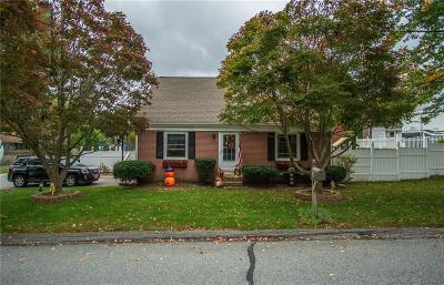 Smithfield Single Family Home Act Und Contract: 39 Beverly Cir