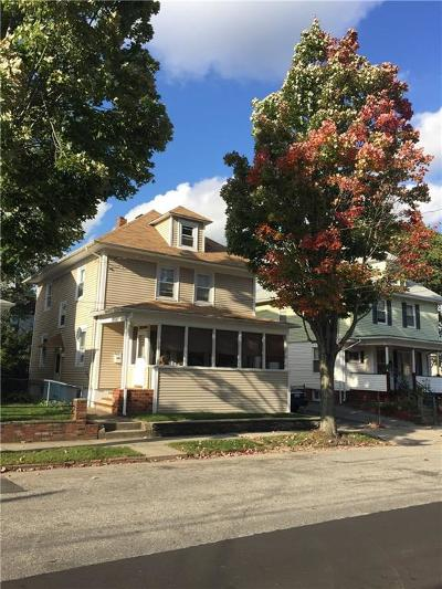 Providence RI Single Family Home For Sale: $185,000