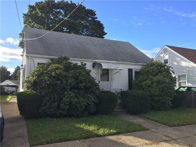 Pawtucket Single Family Home For Sale: 44 Camac St