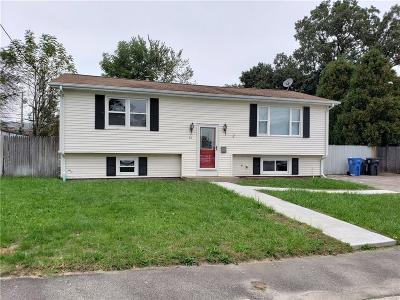 Cranston Single Family Home For Sale: 45 Zenith Dr