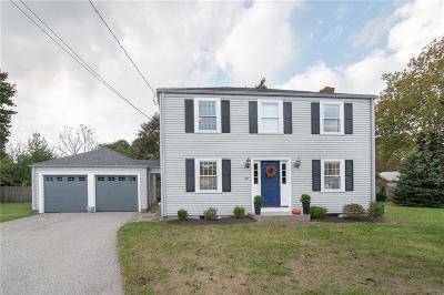 East Providence Single Family Home For Sale: 34 Marshall Wy