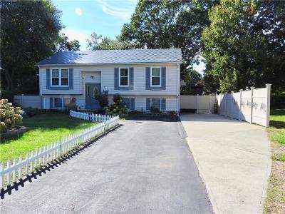 Cranston Single Family Home For Sale: 27 Samuel Ct