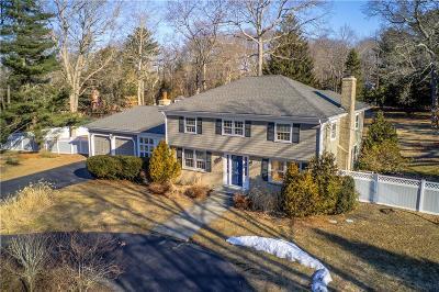 Barrington Single Family Home For Sale: 4 Tallwood Dr