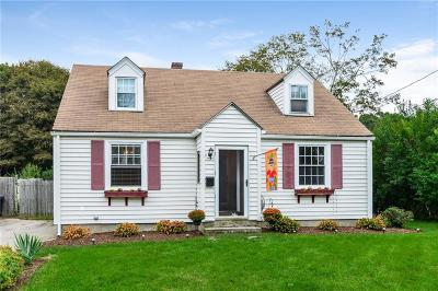 North Kingstown Single Family Home For Sale: 42 Nichols Rd