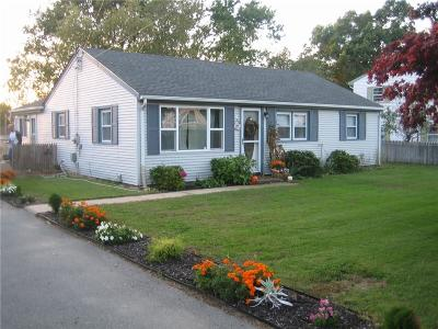 Bristol County Single Family Home For Sale: 13 Sweeney Lane