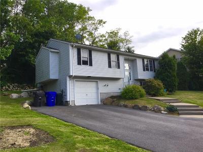 Kent County Single Family Home For Sale: 5 W Sturbridge Wy SE