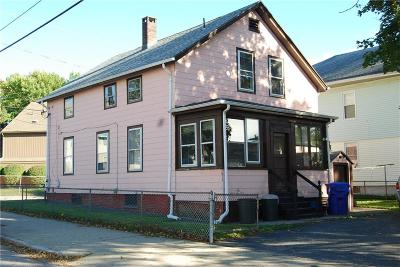 Pawtucket RI Single Family Home For Sale: $140,000