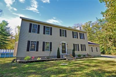 Burrillville Single Family Home For Sale: 1370 Round Top Rd