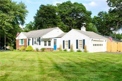 Cumberland Single Family Home For Sale: 30 Gadoury Dr