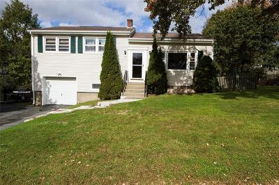 Middletown Single Family Home For Sale: 12 Continental Dr