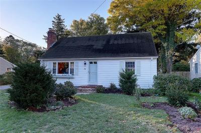 Bristol County Single Family Home For Sale: 36 Fales Av