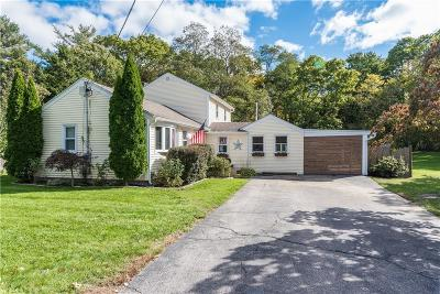 South Kingstown Single Family Home For Sale: 91 Plains Rd
