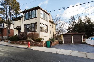 Woonsocket Condo/Townhouse For Sale: 41 Homestead Rd, Unit#1 #1