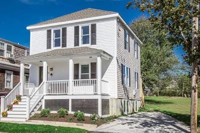 Newport Single Family Home For Sale: 22 County St
