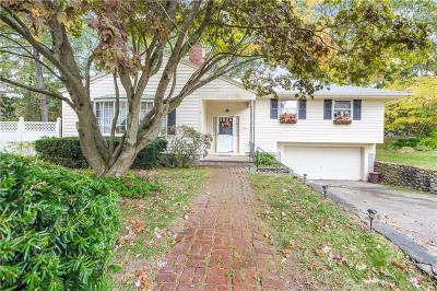 Westerly Single Family Home For Sale: 11 Memory Lane