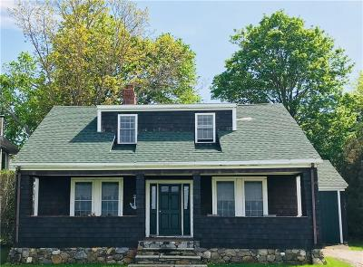 Narragansett Single Family Home For Sale: 51 Anchorage Rd