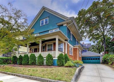 Providence County Single Family Home For Sale: 183 University Av